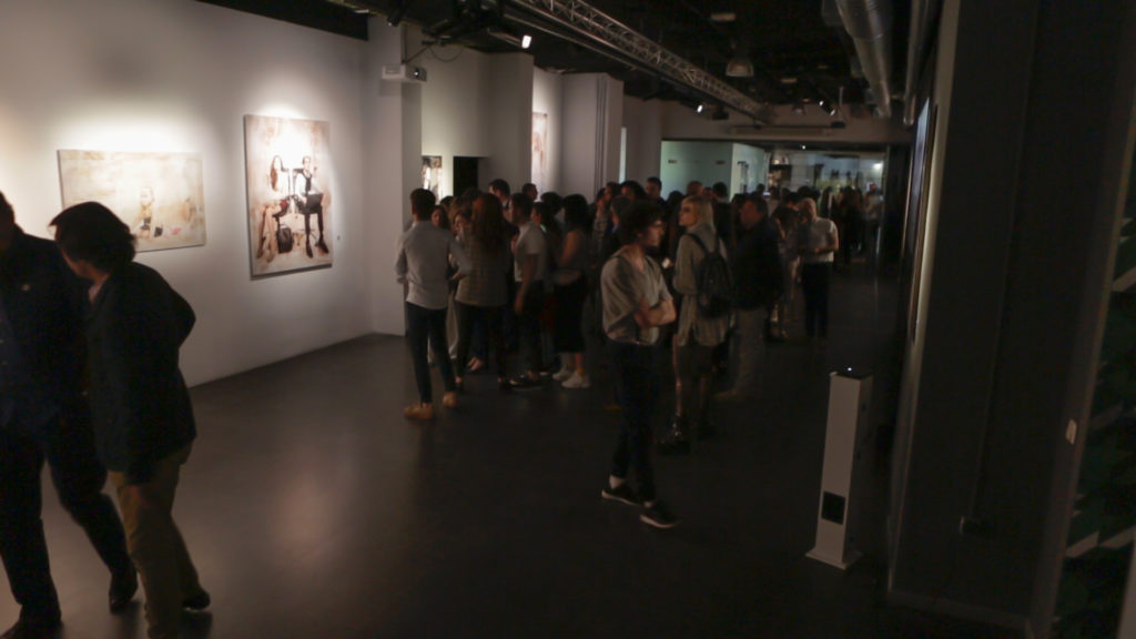 Público durante la exposición